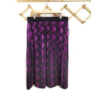 NWT LulaRoe Jill Elegant  Pleated Skirt 2 XL